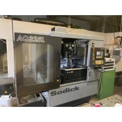 Máquina de electroerosión por hilo Sodick AQ325L